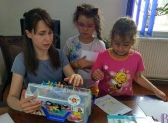 Винниківські діти вчилися створювати власні книжечки