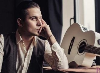 Назар Хассан: про творчість, одруження і… плани стати мером