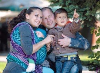 Рецепт щасливої родини  від чоловіка-миротворця, який поранений в Іраку, і мами-тренера-громадської діячки