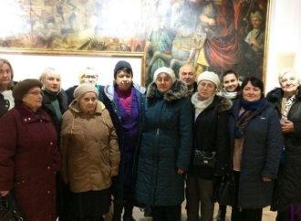 У Винниках два роки діє читацький книжковий клуб «55+»