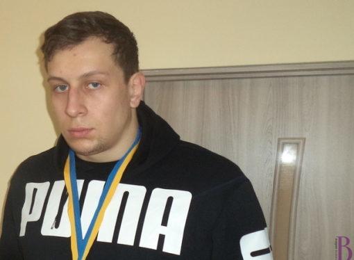 Винниківський борець Юрій Ідзінський став чемпіоном України