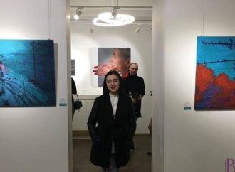 Картини талановитої художниці Ірини Лоїк із Винник експонують у Києві