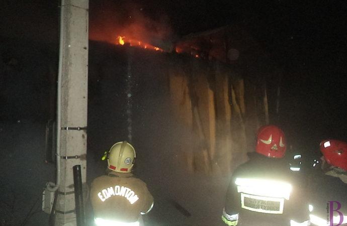 На вулиці Козацькій у Винниках виникла пожежа