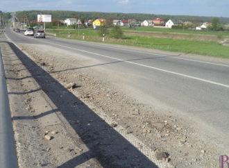 На кільцевій дорозі поблизу села Чишки автобус «наздогнав» вантажівку