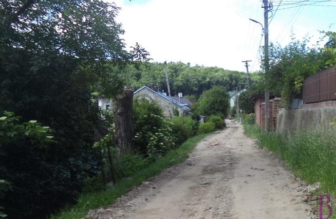 У Винниках каналізують вулицю Крушельницької