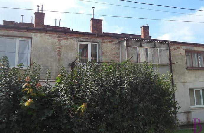 У Винниках відремонтували дахи комунальних будинків