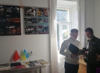 «Китай ХХІ-го сторіччя»: всесвітньовідомий фотомитець Микола Тинкалюк презентував виставку світлин