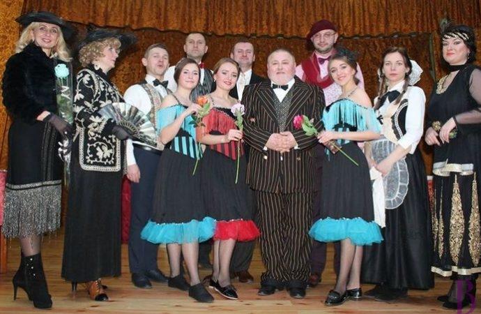Народний дім Винник запрошує на музично-розважальну виставу «Тільки в нашім кабареті»