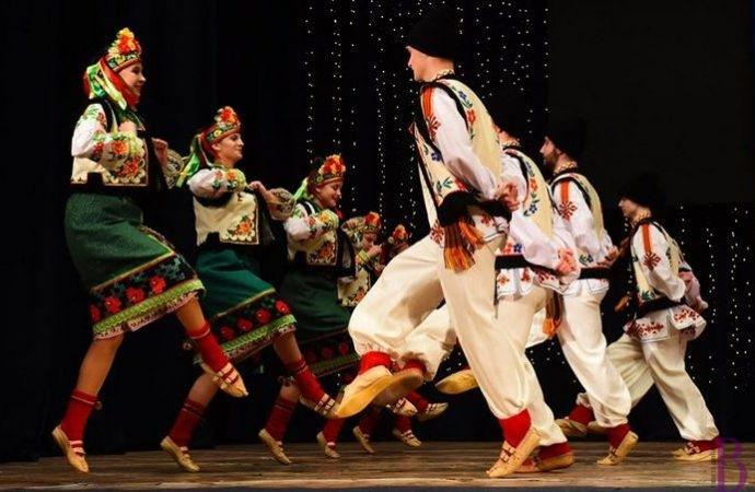 Народний ансамбль танцю «Святослав» пройшов відбірковий тур всеукраїнського конкурсу імені Вірського