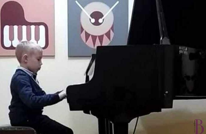Юний піаніст винниківської Школи мистецтв отримав Гран-прі конкурсу «Інструментальний вернісаж»