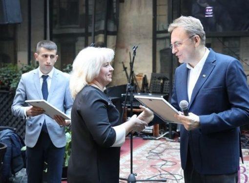 Автори винниківських проєктів Громадського бюджету Львова отримали сертифікати переможців