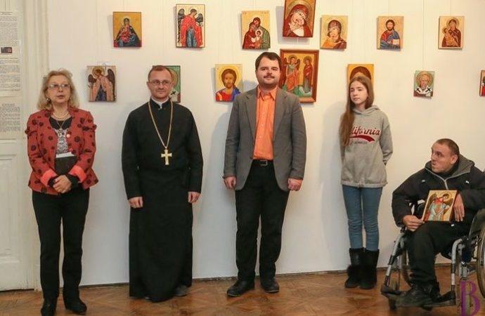 Роботи винниківських учасників Школи іконопису «Квітка Середньовіччя» представлені на виставці ікон у Дрогобичі
