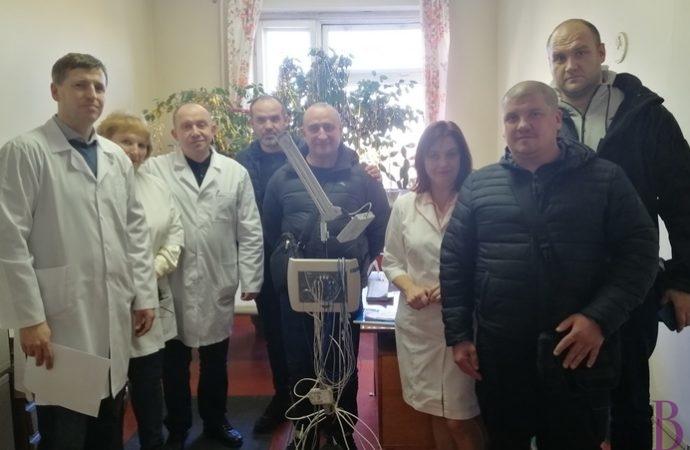 Атовці передали госпіталю у Винниках комп'ютерний електроенцефалограф