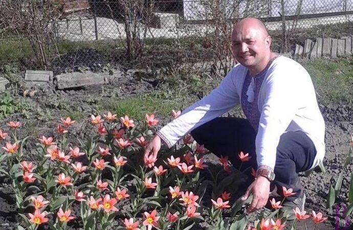 Винниківчанин Ярослав Онищак виростив тюльпани до Дня святого Валентина