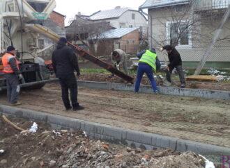 У Винниках триває ремонт вулиці Стефаника
