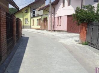 У Винниках завершують ремонт вулиці Незалежності