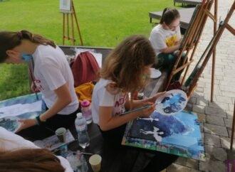 Дарина Кисіль, Ірина Осташевська, Лілія Карпач – переможці загальноміського конкурсу малюнка «Молодь має супер силу»