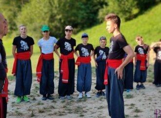 Школа бойового гопака у Винниках оголошує набір хлопчиків