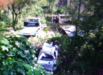 У Винниках автомобіль збив електроопору, залишивши частину мешканців без світла