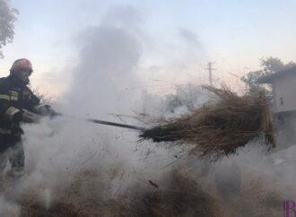 Винниківські надзвичайники ліквідували пожежу в Підгірному