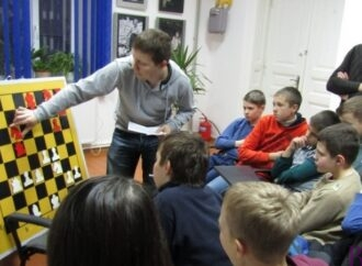 У топ-100 кращих шахістів світу – винниківчанин Олександр Арещенко